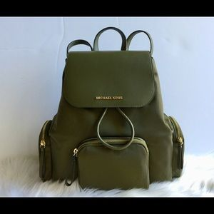Michael Kors Abbey Duffle Lg Cargo Backpack
